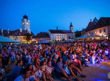 """Nume sonore ale muzicii de caliate într-o nouă ediție """"Street Music Festival"""""""